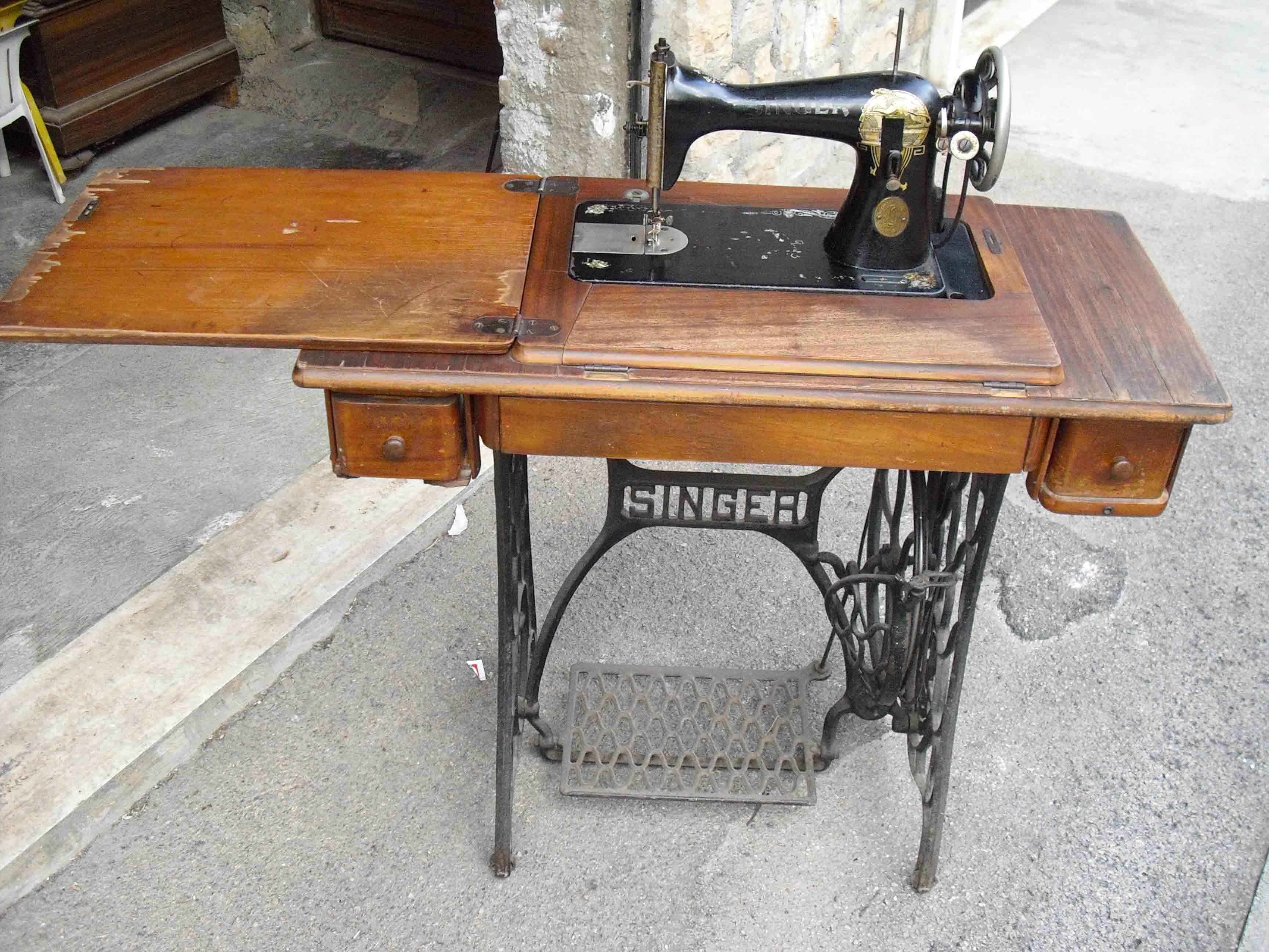 Archivio forum vendo macchina per cucire singer anni 30 for Vendo macchina da cucire